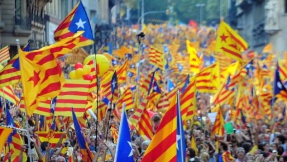 Cientos-de-miles-de-banderas-i_54349950457_54028874188_960_639-620x350